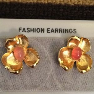 Bergere Vintage Earrings